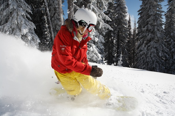 Snowboarder at Silver Star Mountain Resort