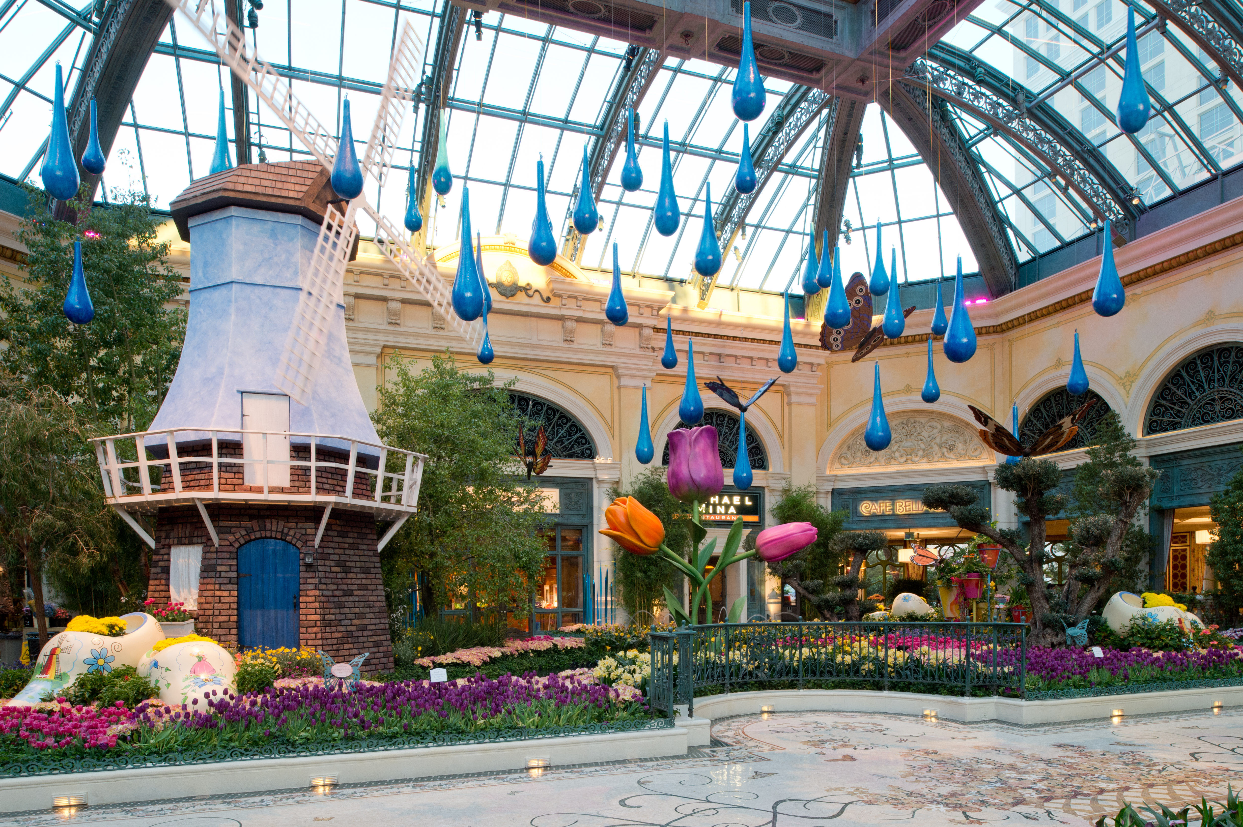 Spring Flora And Butterflies Are Abloom At Bellagio 39 S