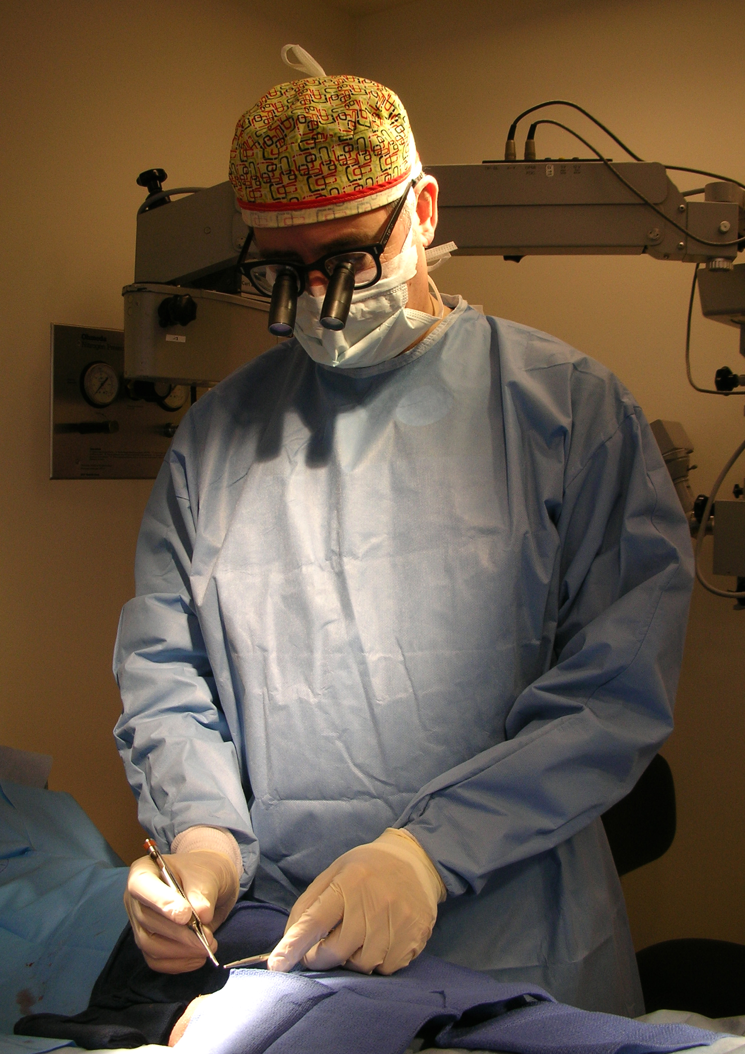 Dr. Paul Turek Performing Surgery