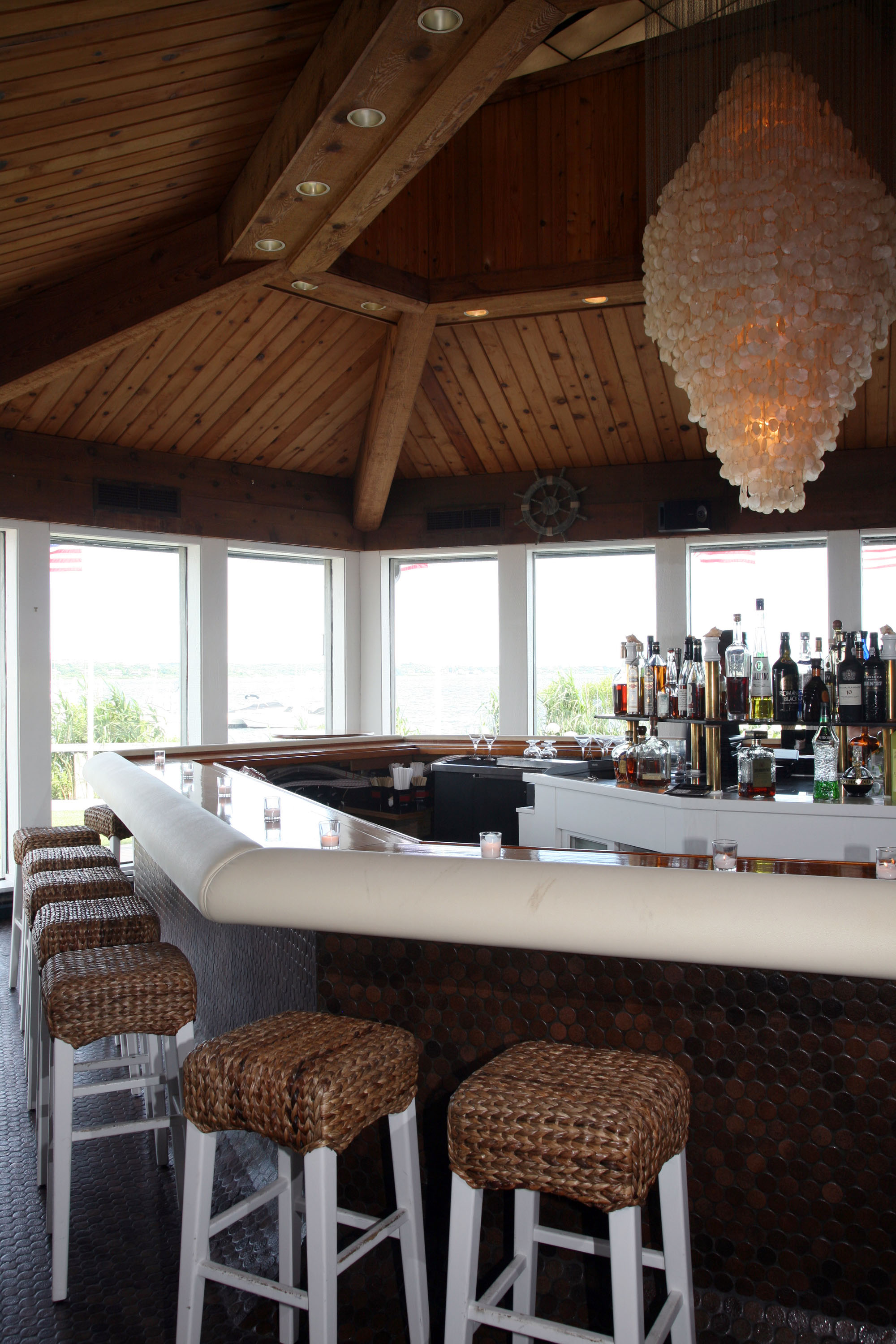 The Barracuda Bar at Montauk Yacht Club & Resort