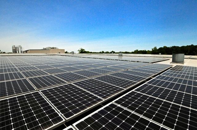 Radiance Solar&#39;s new 400kW solar installation for Aquafil USA Headquarters in Cartersville, GA.