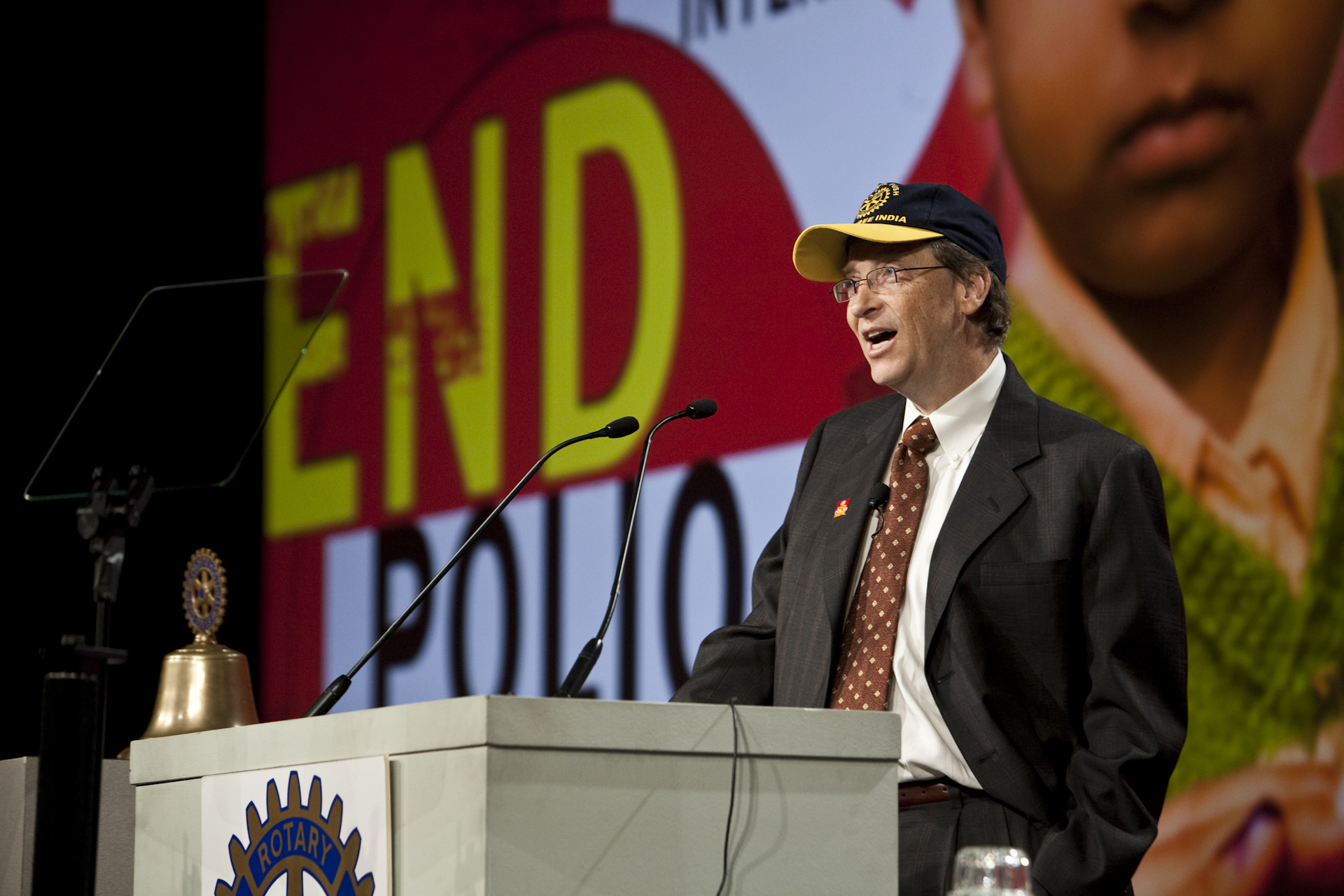 Bill Gates, co-chair of the Bill & Melinda Gates Foundation, issued the $200 challenge during a Rotary conference in January 2009.