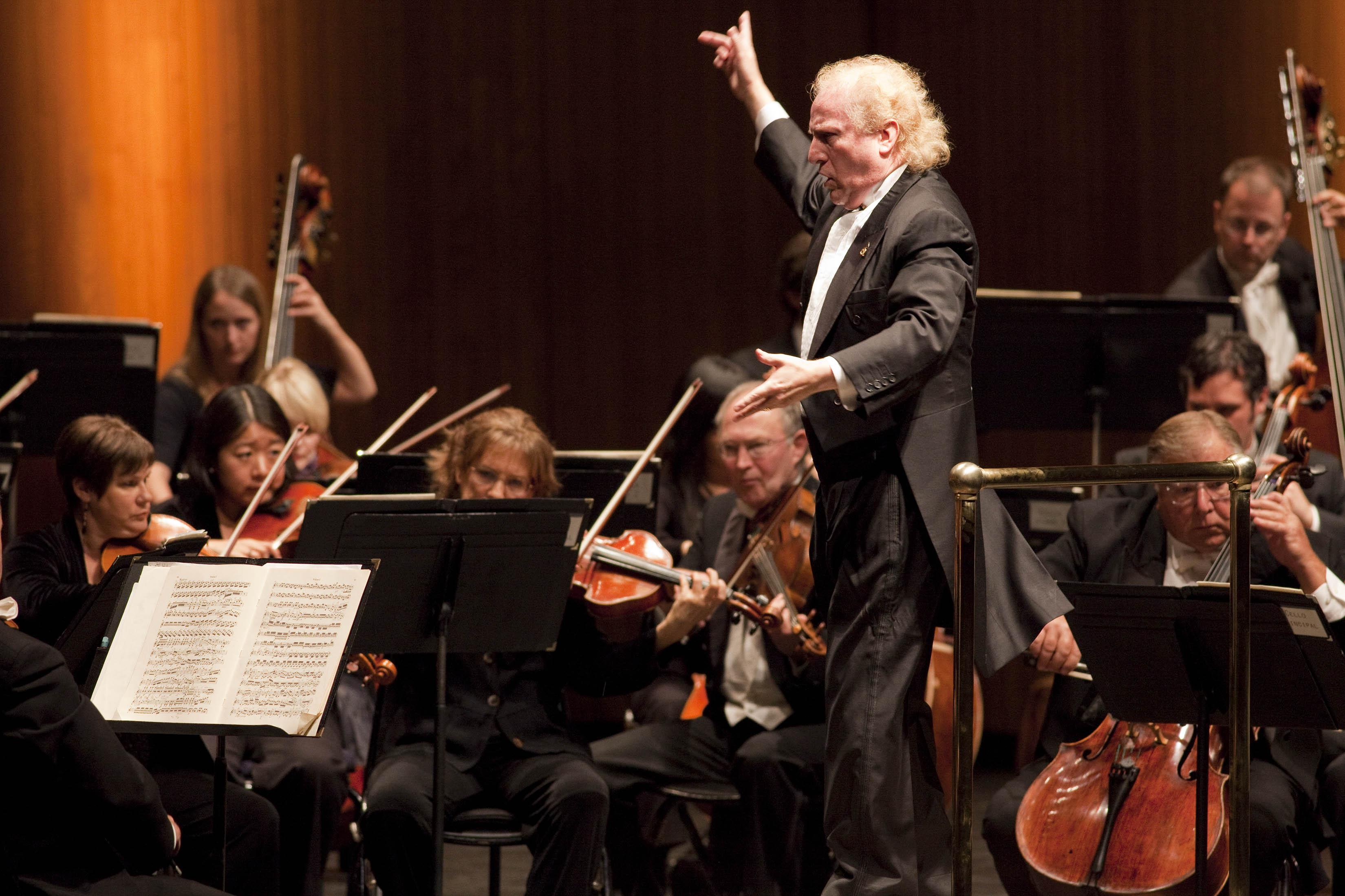 Maestro Diemecke and LBSO