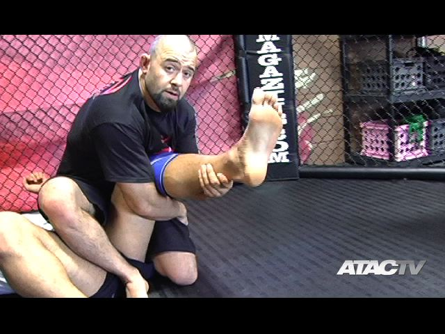 ATAC TV MMA Step over knee bar