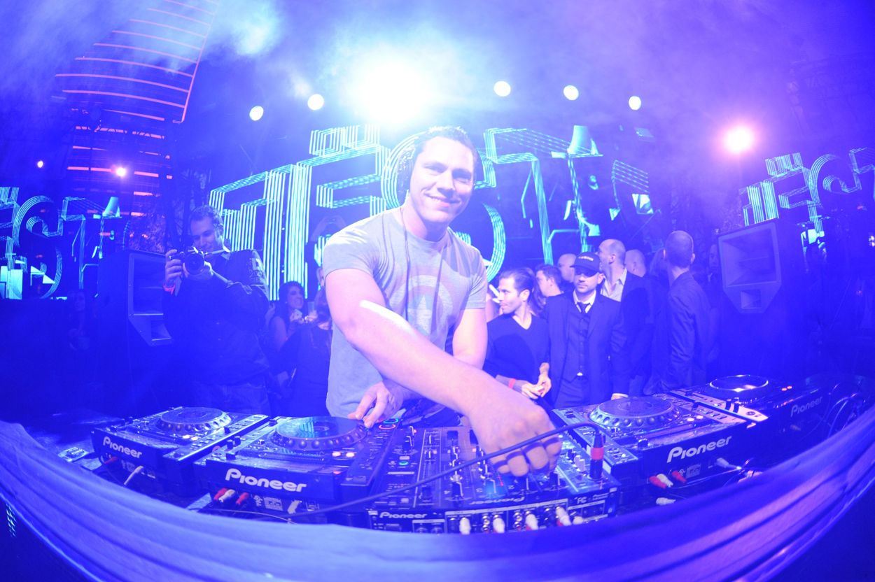 Tiesto at XS