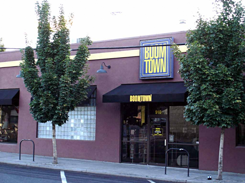 Boomtown Building, Bend