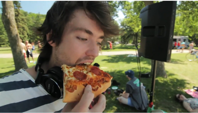 Pizza-Powered DJ.
