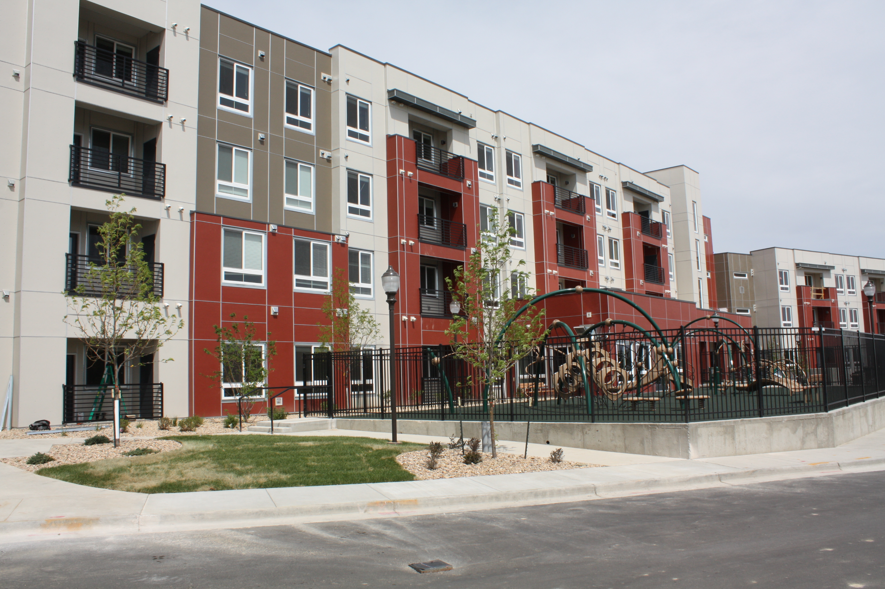 Stapleton Apartments Low Income