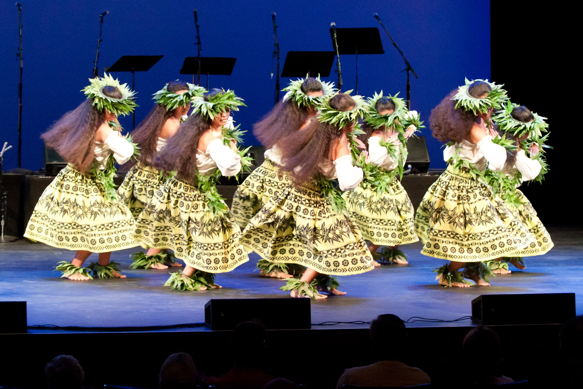 Ku Mai Ka Hula 2011 - Wahine Kahiko, Halau Nawaipunalei, Na Kumu Hula Pono &amp; Leimomi Murray 