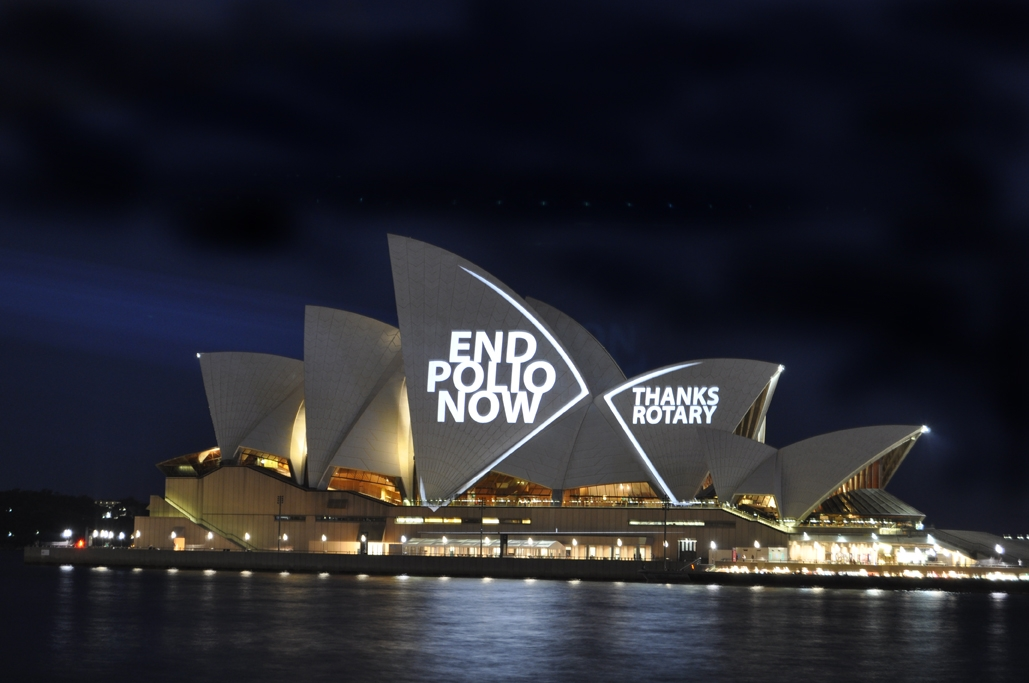 Rotary's End Polio Now message shines on the Sydney Opera House in 2009.