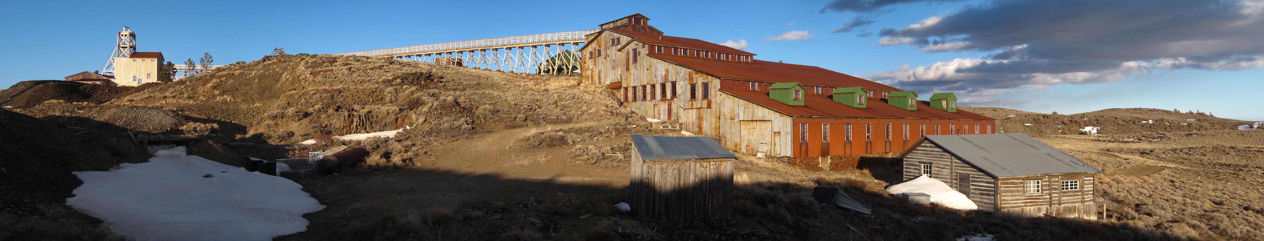 The exterior of the Carissa Mine.