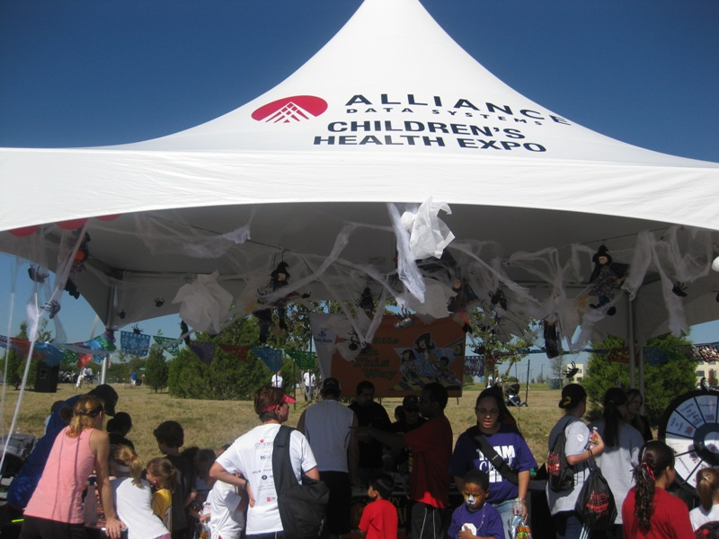 Alliance Data has sponsored a booth at the Children's Red Balloon Run & Relay for the past two  years, and recruited company employees to volunteer as well.