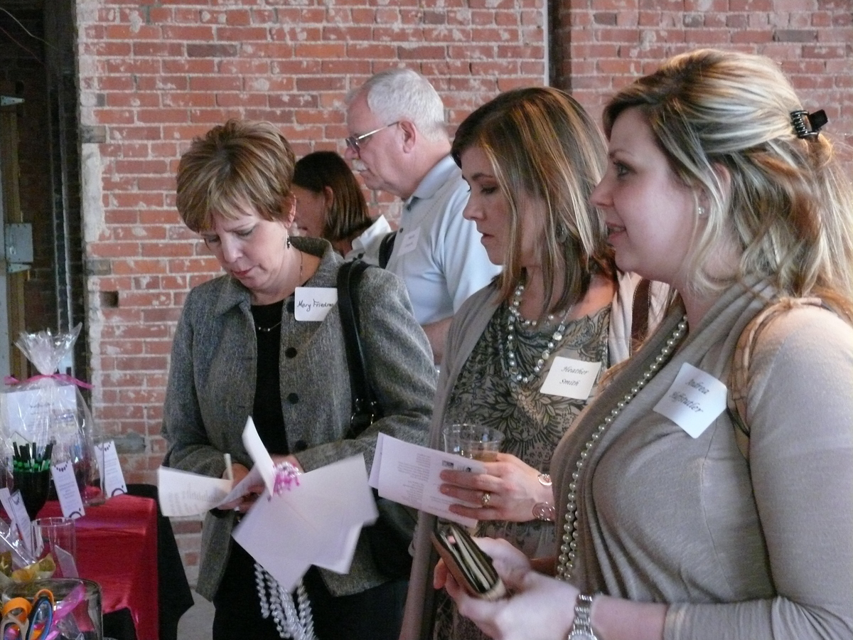 Guests at Pearls and Pinot in Bartlesville
