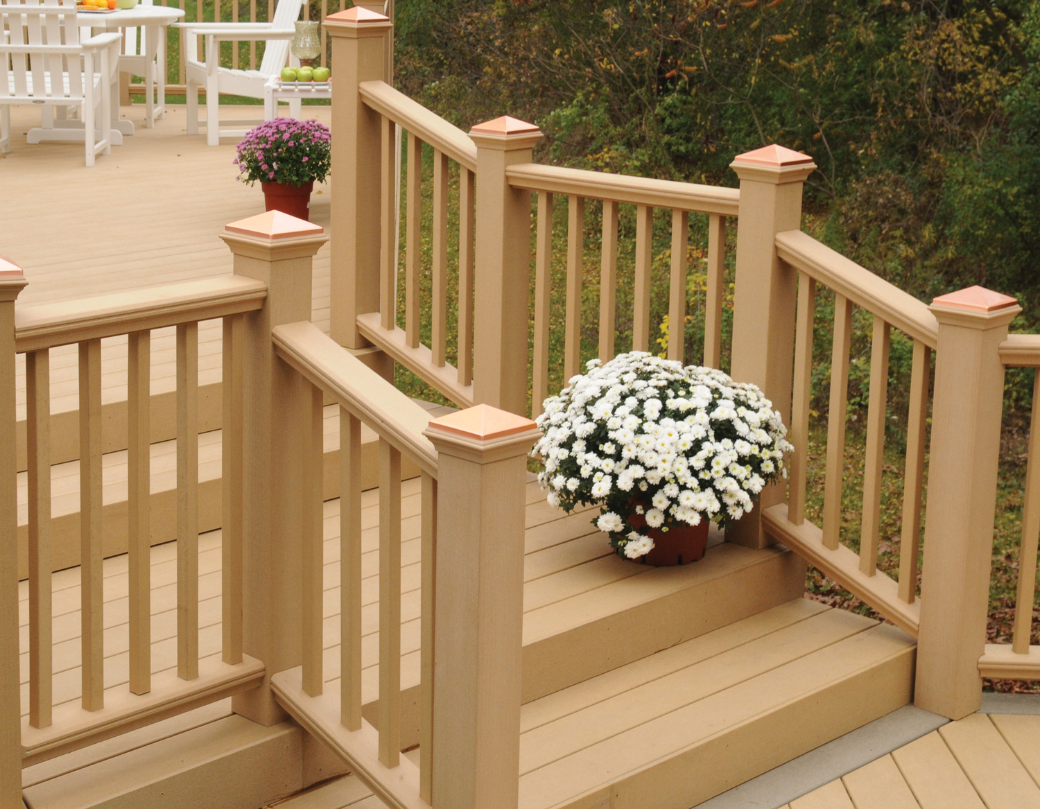 Latitudes adds new composite deck railing system upgrades for Composite deck railing