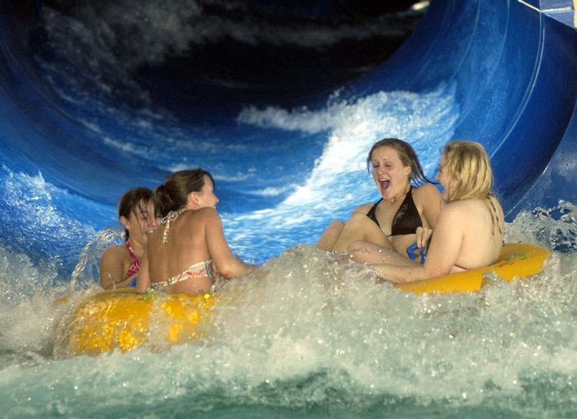 Sandusky&#39;s Kalahari Resort - country&#39;s largest indoor waterpark