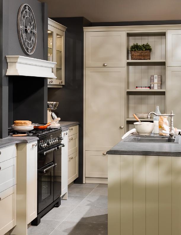 Van marcke aussi pour votre cuisine for Cuisine 8 metre carre