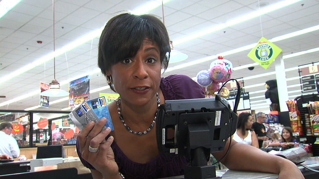 ABC15 Smart Shopper Daphne Munro will show you which reward credit cards make you the most money.