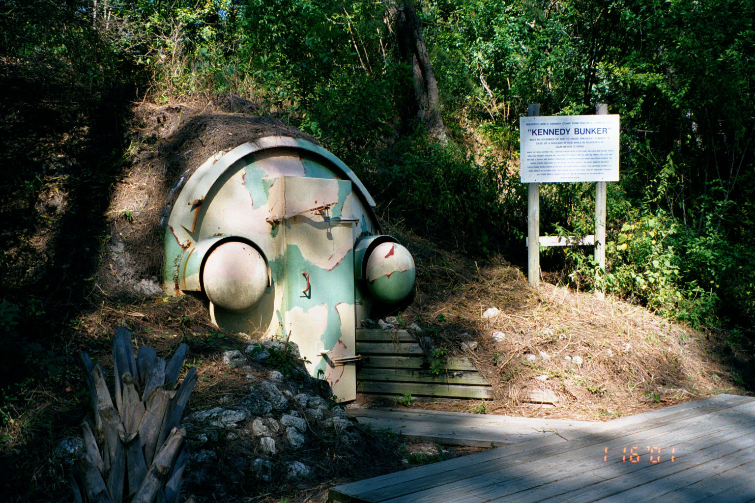 Peanut Island, Florida: outside entrance to President J F Kennedy nuclear bunker