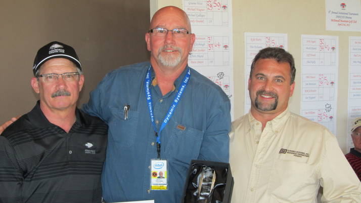 INNOVATIVE EXCELLENCE - Jim Dinan, president of SMACNA Arizona, presents Scott Bohlman and Mike Tucci of Dynamic Systems, Inc. with SMACNA Arizona's Annual Innovation Award.