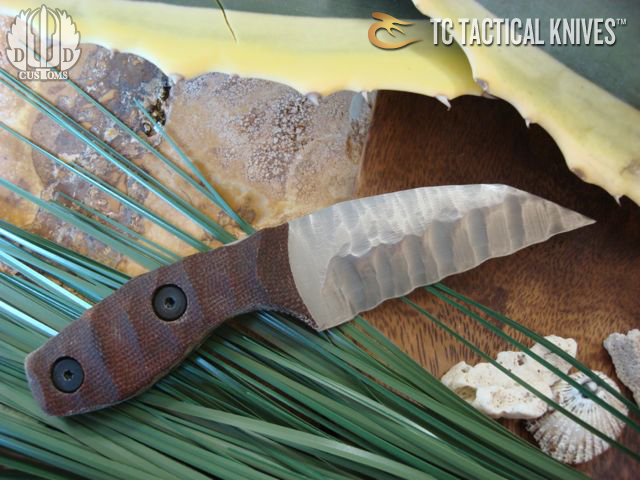 TC Custom Knives Lil T Right hand sculpted with tan grips