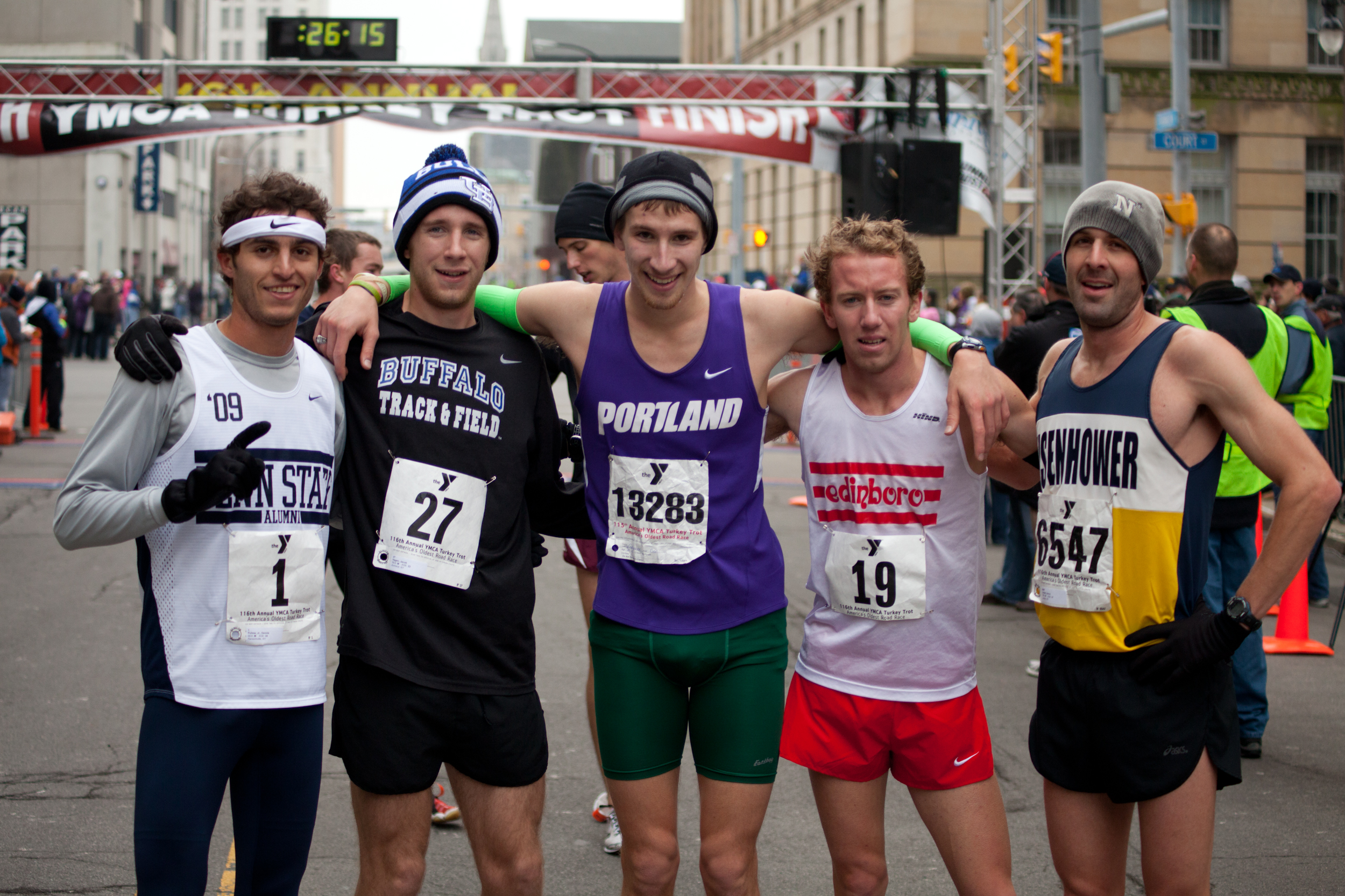 After crossing the finish line, Turkey Trotters posed for WNY Ford.