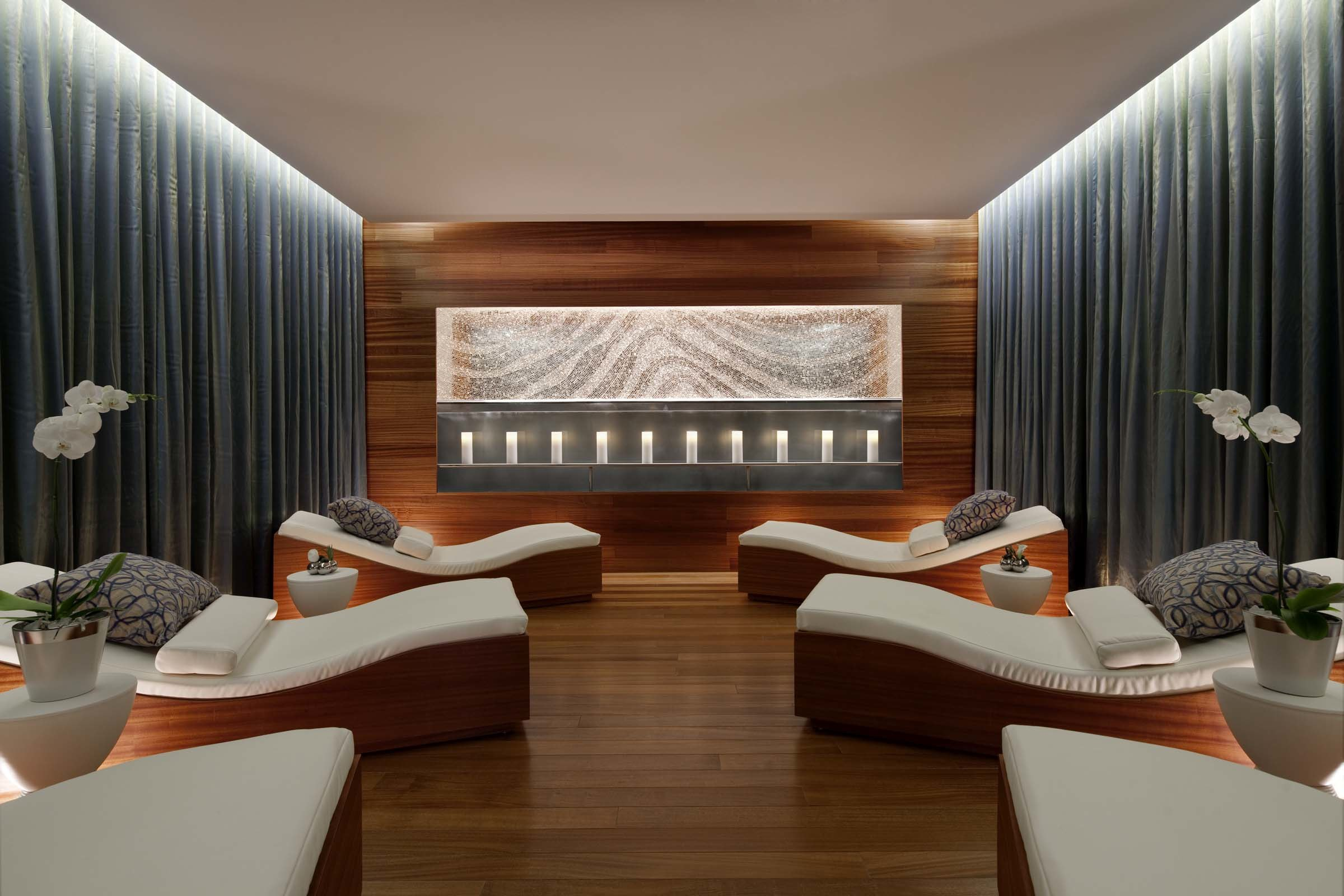 Vdara hotel spa receives first four star award by forbes for 4 star salon services