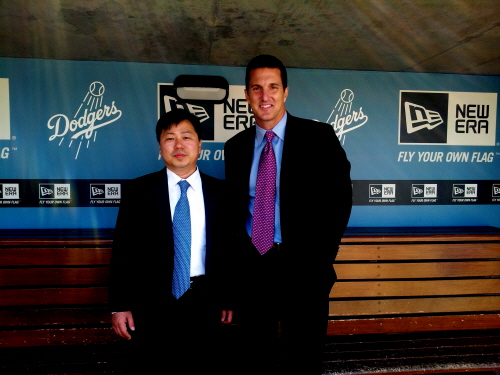 Hite and Jinro CEO, Mr. Min, and LA Dodger's CRO, Michael Young.