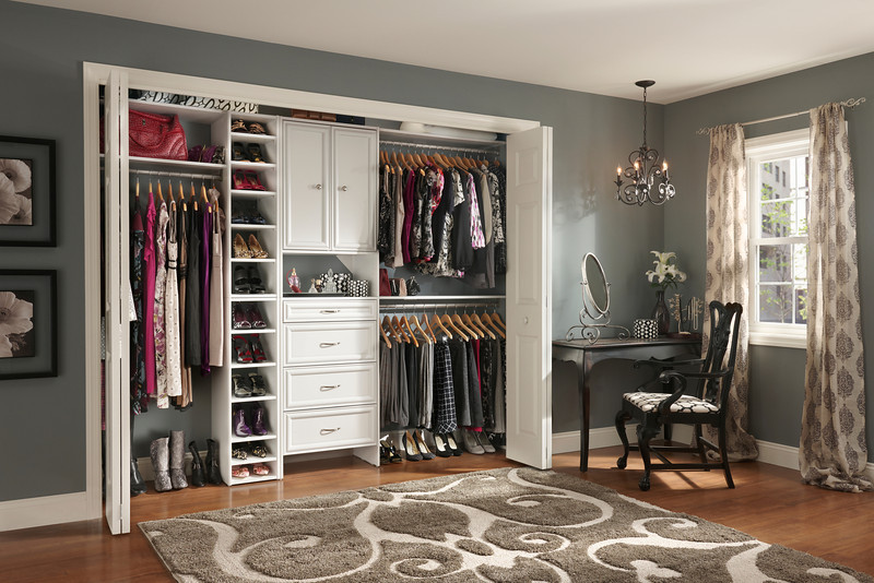 Reach In Closet With Closetmaid Selectives The Newly Revamped Diy Laminate Line
