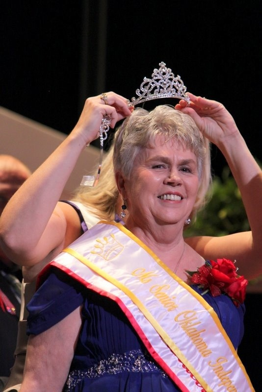 Nancy Apple crowned as Ms. Senior Oklahoma Independent Living.