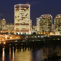 Downtown Richmond, Virginia celebrates the holidays in a blaze of lights. Credit: Jeffrey Greenberg. Courtesy Virginia Tourism Corporation
