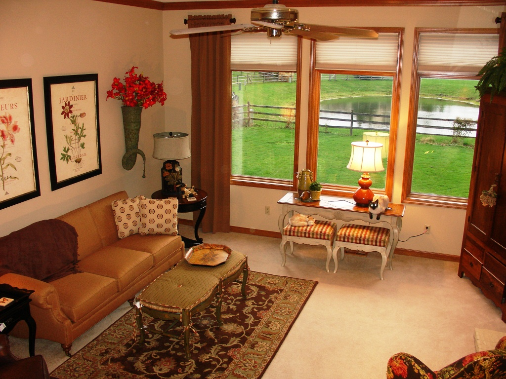 Eagle Lake Home In Fort Wayne Staged By Wild Hare Decor