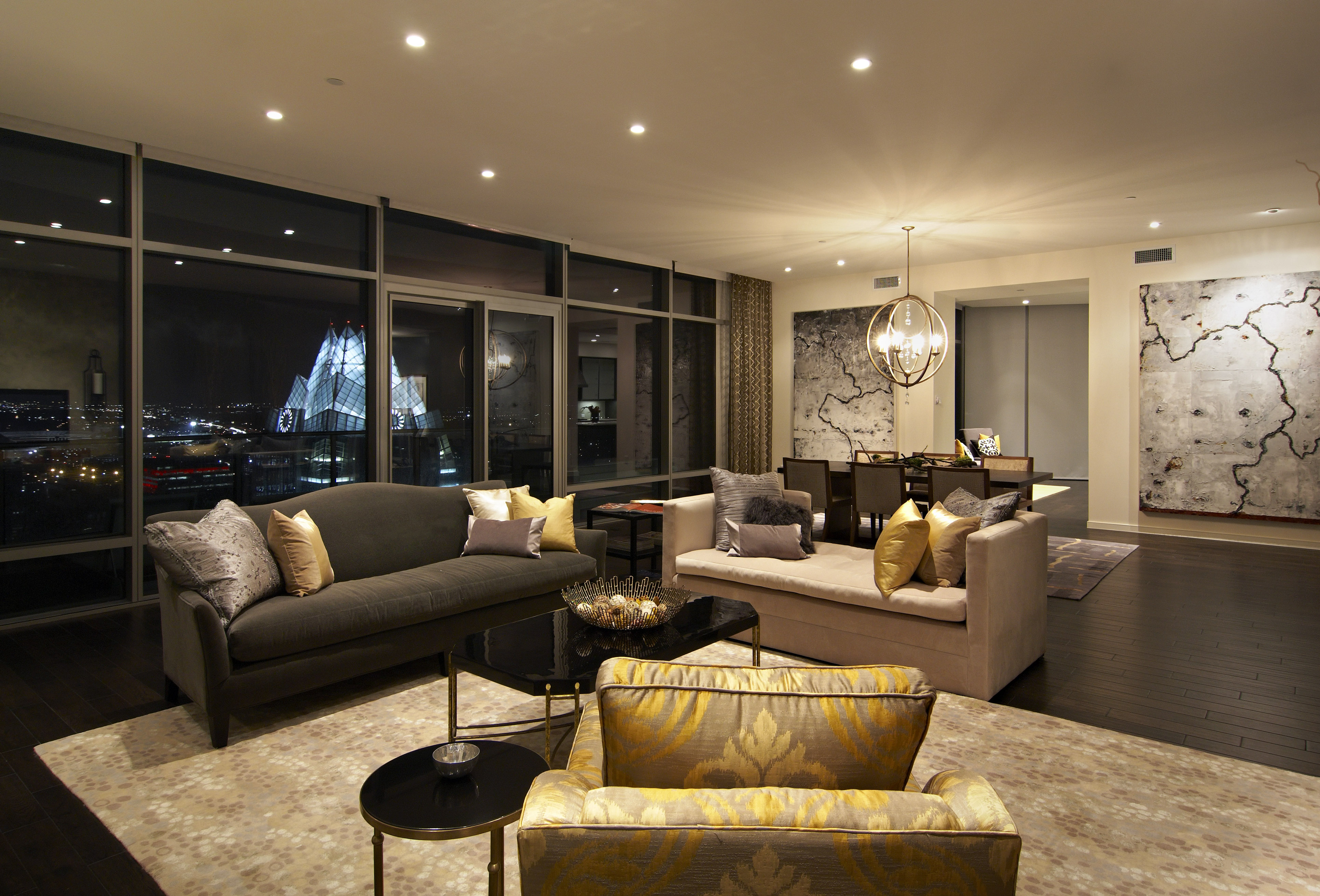 The Glass Encased Elliptical Tower Of The Austonian Luxury Condos Makes For  Sweeping Views Of