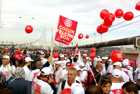 Rotarians stream across the Bosporus Bridge connecting Europe and Asia as part of the Eurasia Marathon. The event raised about $8,000 for polio eradication.