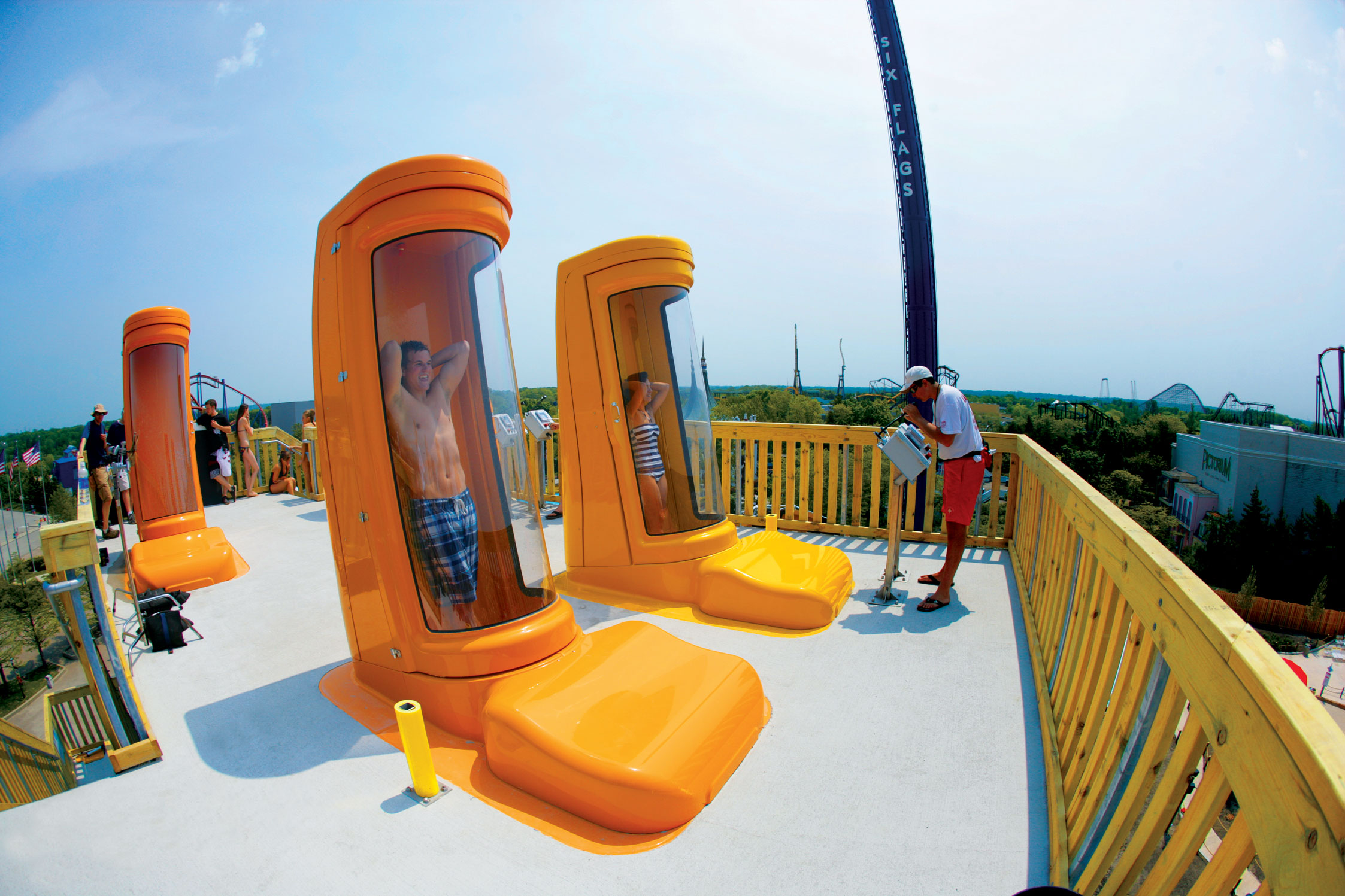 Super Loop SkyBox slide, photo courtesy Kalahari Resorts