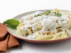 When used to replace the cream in an Alfredo Sauce, Grande Bravo reduced fat and calories while increasing protein. It also resulted in formulation cost savings.