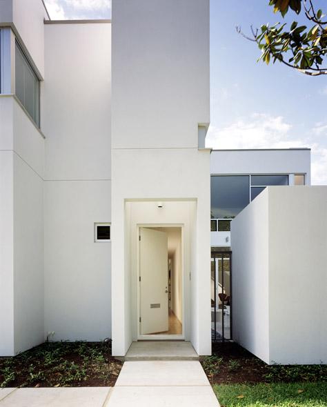 Modern home tours llc presents the 2012 houston modern for Modern homes llc