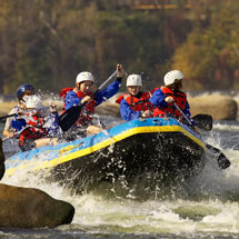 Whitewater rafting on the James River in downtown Richmond. Credit: Virginia Tourism Corporation