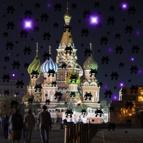 Update:  Alien Robots appear over the Kremlin